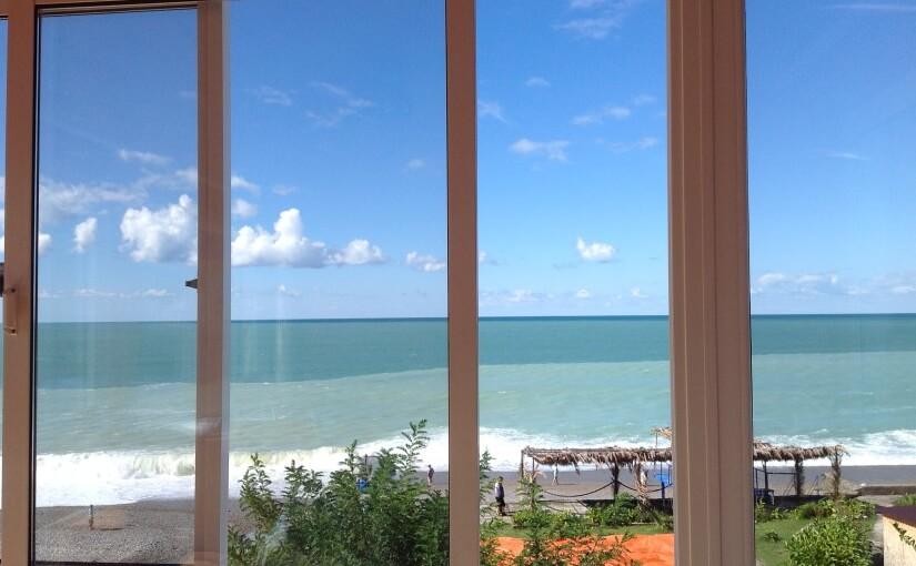 Абхазия частный сектор Гагра гостевой домик на берегу моря