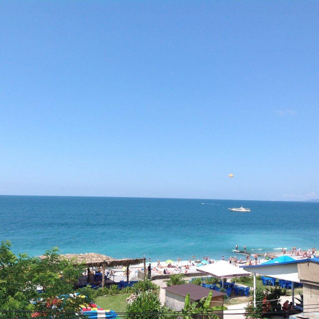 гагра пляж