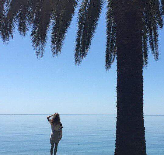 Абхазия отдых частный сектор Гагра гостевой дом на берегу моря